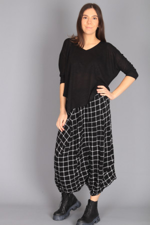 ew210009 - Elsewhere Low Trousers @ Walkers.Style buy women's clothes online or at our Norwich shop.