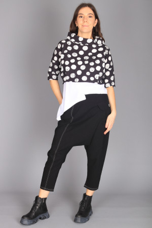 ew210010 - Elsewhere Crop Top @ Walkers.Style buy women's clothes online or at our Norwich shop.