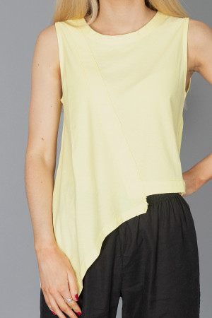 lb210021 - Lurdes Bergada Asymmetric T-Shirt @ Walkers.Style women's and ladies fashion clothing online shop
