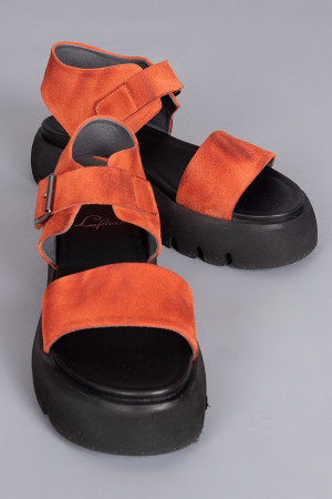 lf210027 - Lofina Leather Sandal @ Walkers.Style buy women's clothes online or at our Norwich shop.