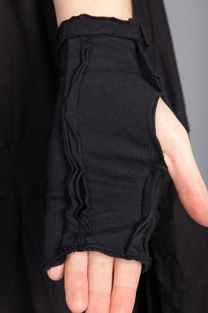 sb210032 - StudioB3 Este Gloves @ Walkers.Style buy women's clothes online or at our Norwich shop.