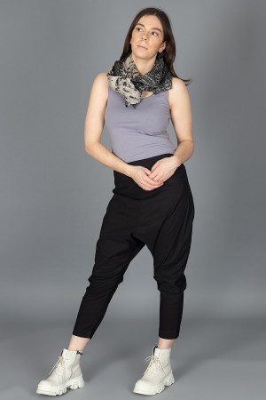rh210072 - Rundholz Scarf @ Walkers.Style buy women's clothes online or at our Norwich shop.