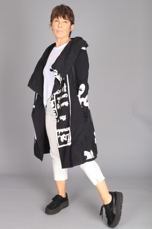 rh210092 - Rundholz Coat @ Walkers.Style buy women's clothes online or at our Norwich shop.