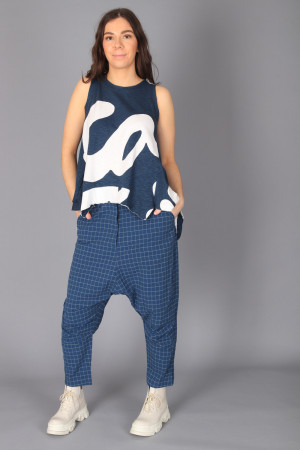rh210156 - Rundholz Trousers @ Walkers.Style buy women's clothes online or at our Norwich shop.