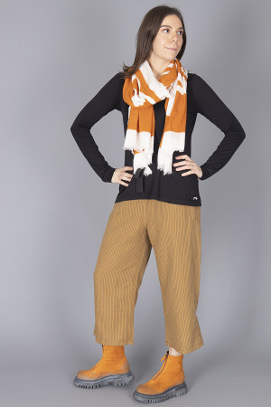rh210165 - Rundholz Scarf @ Walkers.Style buy women's clothes online or at our Norwich shop.
