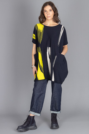 kk210176 - Knit Knit Pocket Tunic @ Walkers.Style buy women's clothes online or at our Norwich shop.
