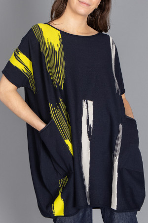 kk210176 - Knit Knit Pocket Tunic @ Walkers.Style women's and ladies fashion clothing online shop