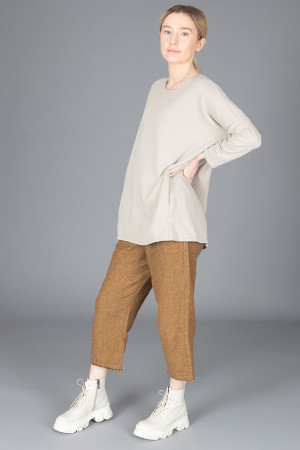 cl210196 - Cut Loose Long Boxy Top @ Walkers.Style buy women's clothes online or at our Norwich shop.