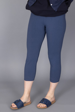 cl210197 - Cut Loose Capri Legging @ Walkers.Style women's and ladies fashion clothing online shop