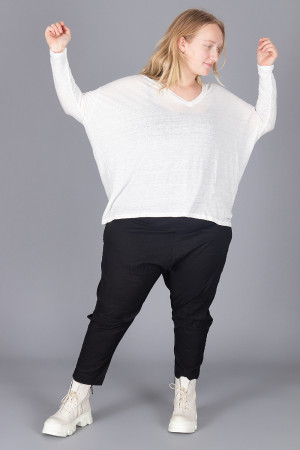 cl210199 - Cut Loose V-Neck Pullover @ Walkers.Style buy women's clothes online or at our Norwich shop.