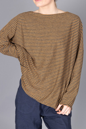 cl210201 - Cut Loose Pocket Pullover @ Walkers.Style women's and ladies fashion clothing online shop