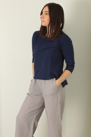 cl210204 - Cut Loose Top @ Walkers.Style buy women's clothes online or at our Norwich shop.