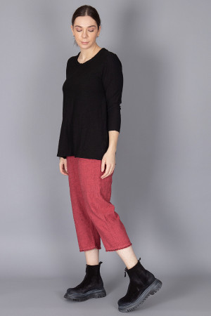 cl210205 - Cut Loose Pocket Top @ Walkers.Style buy women's clothes online or at our Norwich shop.