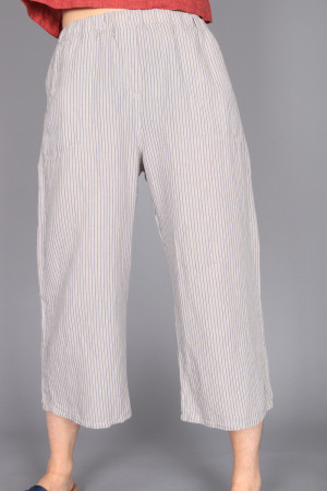 cl210208 - Cut Loose Crop Pant @ Walkers.Style women's and ladies fashion clothing online shop