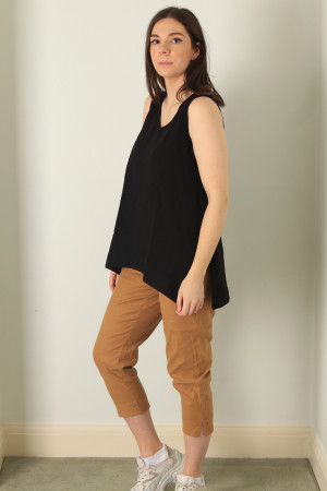 cl210211 - Cut Loose A line Sleeveless Top @ Walkers.Style buy women's clothes online or at our Norwich shop.