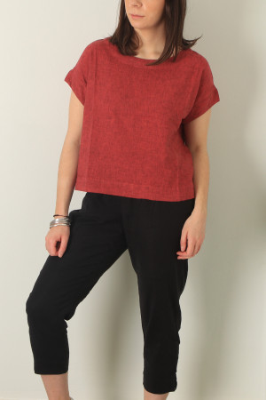 cl210213 - Cut Loose Crop Top @ Walkers.Style buy women's clothes online or at our Norwich shop.