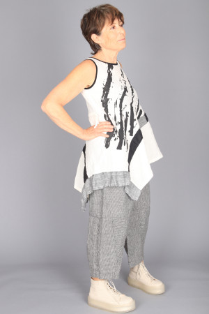 mg210230 - Mara Gibbucci Asymmetric Top @ Walkers.Style buy women's clothes online or at our Norwich shop.