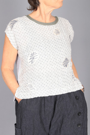 mg210235 - Mara Gibbucci Spot Top @ Walkers.Style women's and ladies fashion clothing online shop