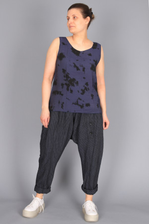 cl210257 - Cut Loose Layering tank @ Walkers.Style buy women's clothes online or at our Norwich shop.