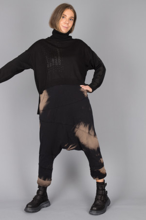 sb215001 - StudioB3 Hannes Sweater @ Walkers.Style buy women's clothes online or at our Norwich shop.