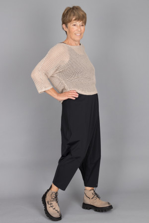ew215032 - Elsewhere Short Knit Top @ Walkers.Style buy women's clothes online or at our Norwich shop.