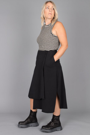 pc215067 - Philomena Christ Skirt @ Walkers.Style buy women's clothes online or at our Norwich shop.