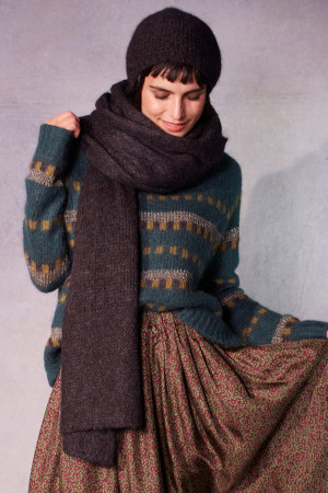 ll215075 - Lilith Plain Hamour Scarf @ Walkers.Style buy women's clothes online or at our Norwich shop.