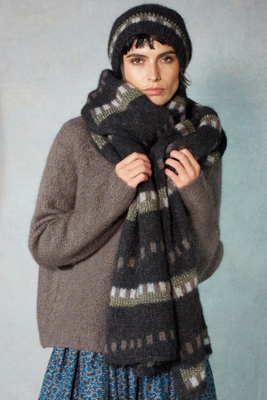 ll215076 - Lilith Jacquard Hamor Scarf @ Walkers.Style women's and ladies fashion clothing online shop