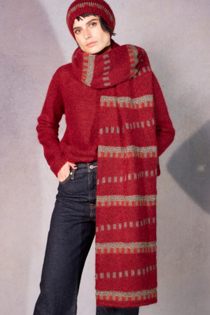 ll215077 - Lilith Hanah Plain Sweater @ Walkers.Style buy women's clothes online or at our Norwich shop.