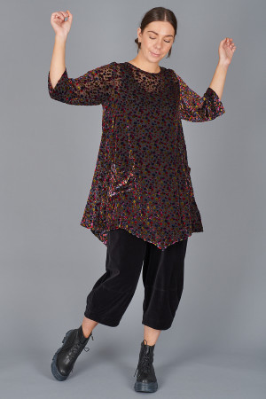 gz215082 - Grizas Spot Tunic @ Walkers.Style buy women's clothes online or at our Norwich shop.