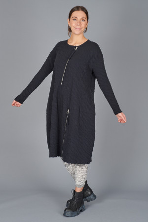 gz215083 - Grizas Zip Dress @ Walkers.Style buy women's clothes online or at our Norwich shop.