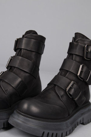 lf215087 - Lofina Buckle Boots @ Walkers.Style buy women's clothes online or at our Norwich shop.