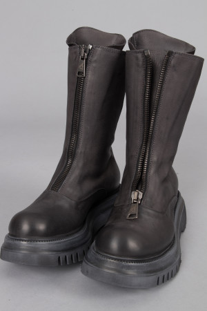 lf215088 - Lofina Tall Zip Boots @ Walkers.Style buy women's clothes online or at our Norwich shop.