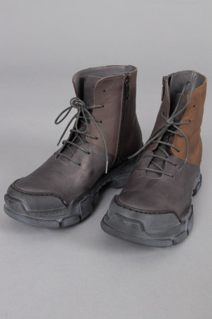 lf215093 - Lofina Lace Combi Boots @ Walkers.Style buy women's clothes online or at our Norwich shop.