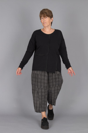 mg215105 - Mara Gibbucci Jersey Top @ Walkers.Style buy women's clothes online or at our Norwich shop.