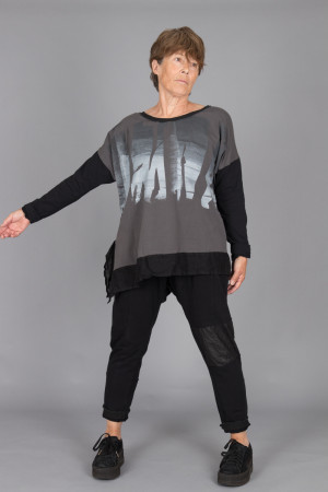 mg215107 - Mara Gibbucci Printed Tunic @ Walkers.Style buy women's clothes online or at our Norwich shop.