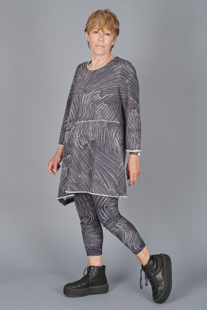 gz215122 - Grizas Tunic @ Walkers.Style buy women's clothes online or at our Norwich shop.
