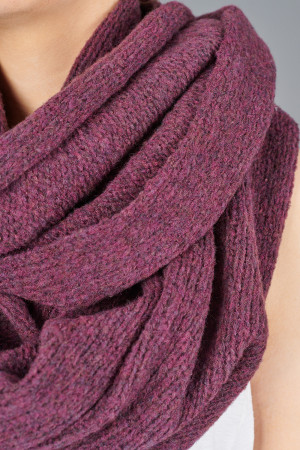 gz215129 - Grizas Scarf @ Walkers.Style buy women's clothes online or at our Norwich shop.