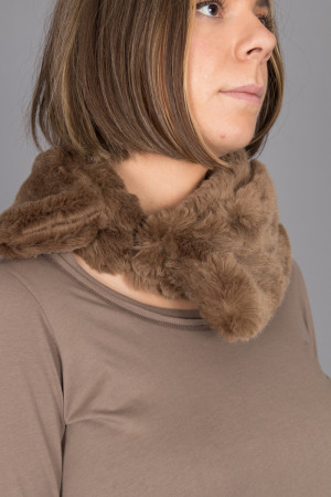 rh215152 - Rundholz Collar @ Walkers.Style buy women's clothes online or at our Norwich shop.